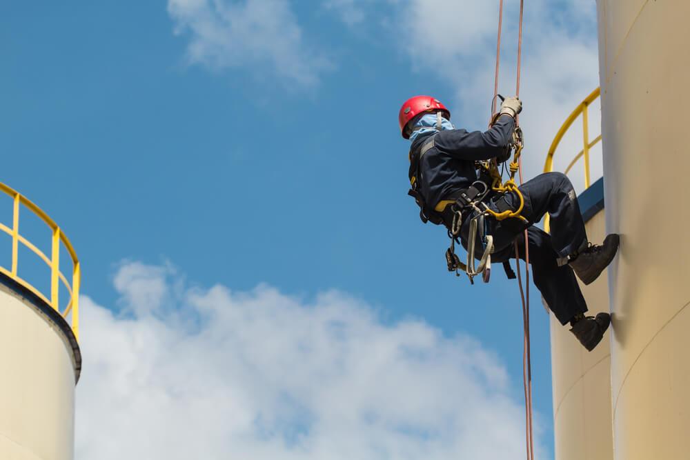 Výškové práce (práca vo výškach) Bratislava Zemné-Výškové